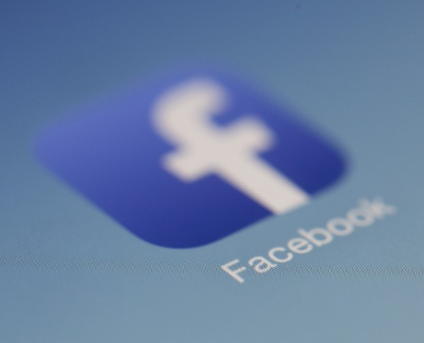 Facebook ad spend continues to grow despite current issues