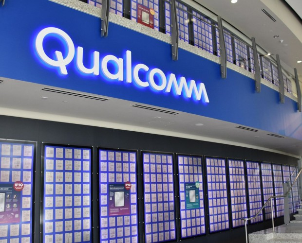 Apple and Qualcomm clash over iPhone sales in China