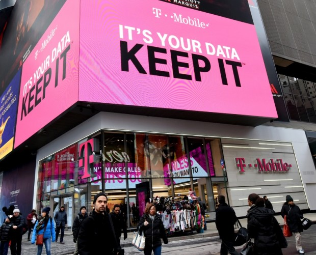 T-Mobile suspends plans for TV streaming service
