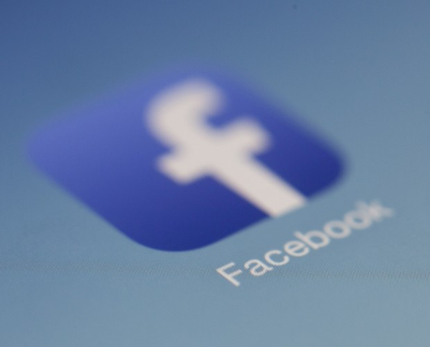 Irish court refers Facebook EU-US data transfer case to Europe's top court