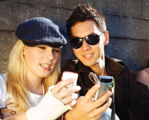 2.4bn smartphone users in 2017, says eMarketer
