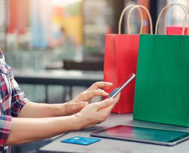How retailers can facilitate social distancing using text messaging